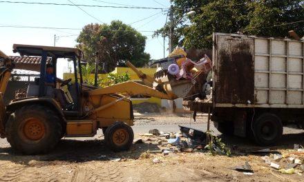 Invita Ayuntamiento de La Villa a limpiar viviendas y lotes