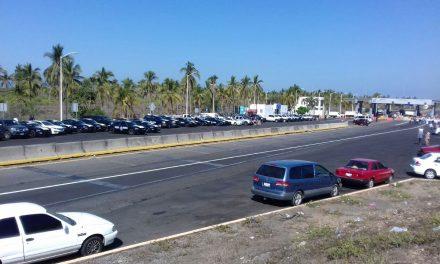 Corren a Luis Ladino de manifestación de la caseta de Cuyutlán