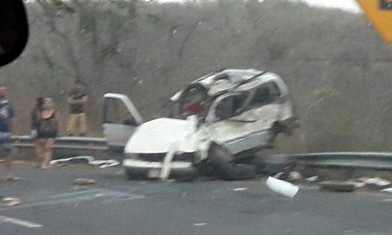 Nueve muertos en accidente, en el tramo de La Salada; 5 adultos y 4 menores