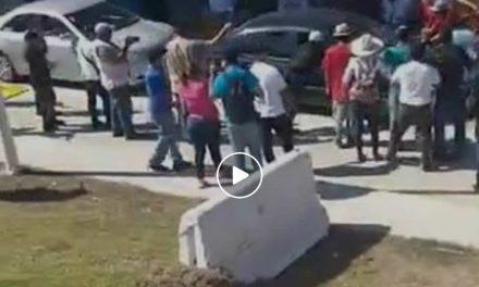 Grupos de choque tratan de impedir toma de caseta de Cuyutlán