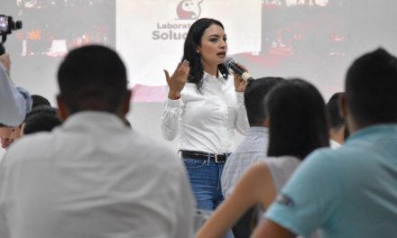 Con la ciudadanía se construyen las mejores soluciones: Mely Romero