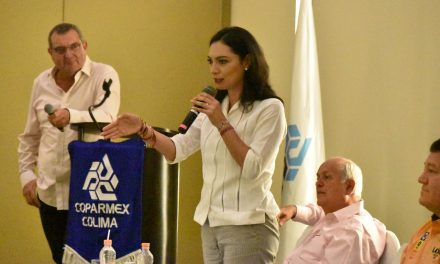 En foro empresarial: Mely Romero, única candidata a la diputación federal que cumple y presenta agenda legislativa