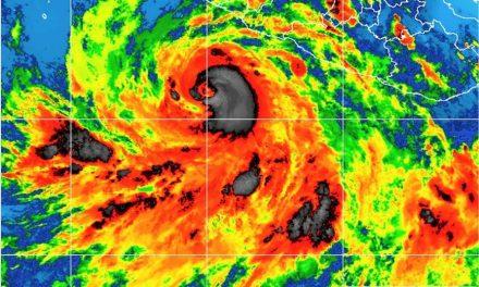 El huracán Bud, se ubica a 340 kilómetros del puerto de Manzanillo; seguirá acercándose