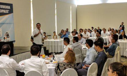 Aprueban Comisiones del Cabildo Municipal y nombran a Juez Cívico del H. Ayuntamiento de Colima