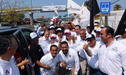 Meade se distinguió por su sencillez en gira por Colima: Agustín Morales