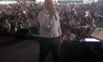 """""""Este arroz ya se coció"""", afirma Andrés Manuel, en su cierre en Colima"""