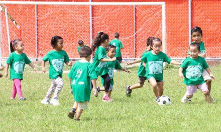 Inicia Gobierno del Estadocurso de Verano en la UDIF;Participan 250 niñas, niños y adolescentes
