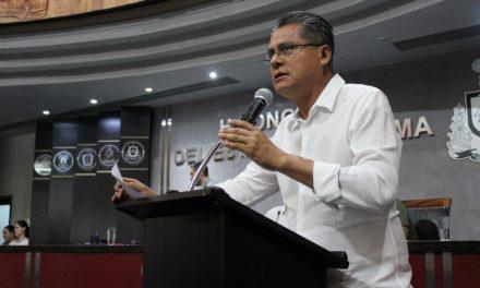 Aplicar el Código Penal a quien condicione la educación al pago de cuotas: Nico Contreras