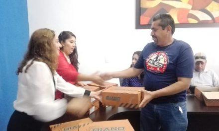 ENTREGA AYUNTAMIENTO MATERIAL DE TRABAJO