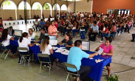 Más de 1 mil 800 registros para programa de becas municipales capitalinas