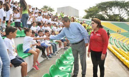 Acompaña rector a niños y niñas de Veraneando 2018