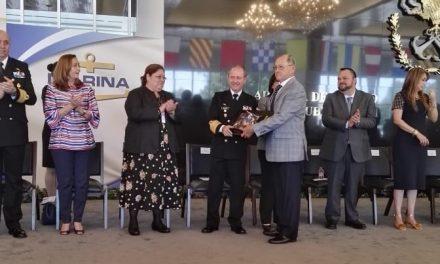 """Premian a colimense en concurso """"Memorias del Viejo y la Mar"""""""