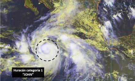"""""""John"""" se intensifica a Huracán categoría 1; está a 515 kilómetros de Manzanillo"""