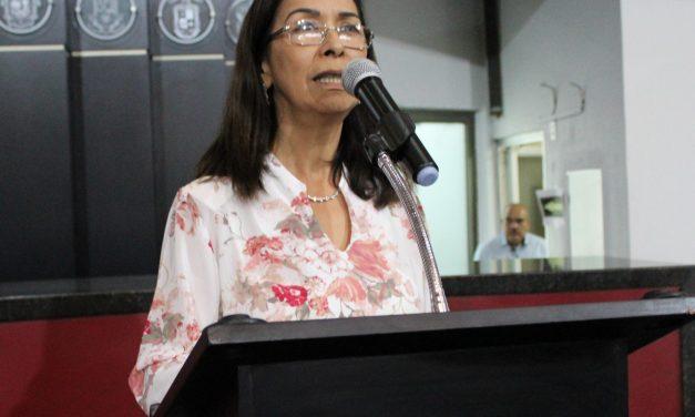 Insiste en regresar como diputada Mirna Edith Velázquez, impugna acuerdo del Congreso