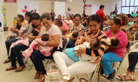 """Con """"Lactatón"""" Gobierno del Estado promueve  beneficios a la salud de la lactancia materna"""