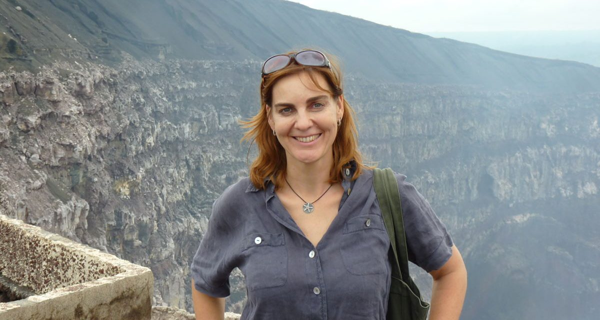 Corresponsal alemana agredida y asaltada por tomatierras armados, en Nicaragua