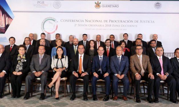 Participa Colima en reunión  regional de procuradores, celebrada en Querétaro