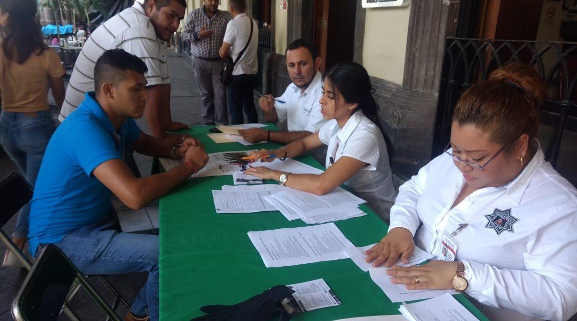Invita la Secretaría de Seguridad Pública a ser parte de la institución; instala módulo de información