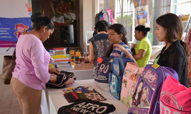 Realiza Ayuntamiento VdeA expo-venta de útiles escolares