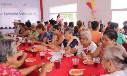 Inaugura Gobernador Peralta comedor  comunitario en Los Asmoles