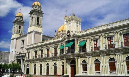 Ante incumplimiento de Gobierno Federal, Gobierno de Colima, paga quincena a docentes de EMSAD