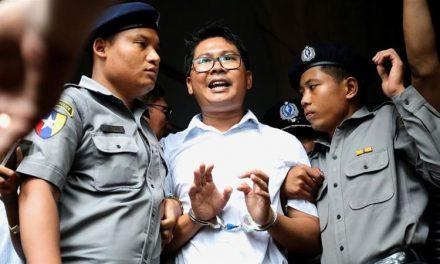Tribunal de Myanmar sentencia a reporteros de Reuters a siete años de cárcel