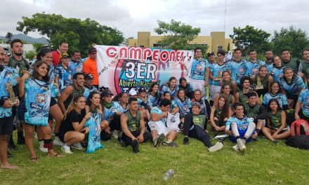 Premian a los triunfadores del Tercer Abierto Nacional de Tochito en Manzanillo