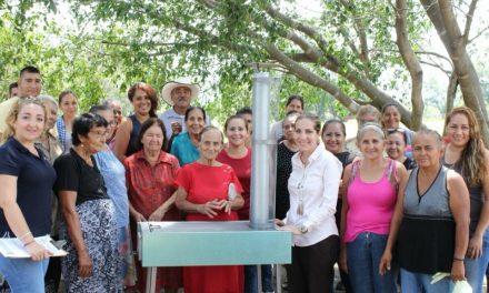 Más de 350 familias capitalinas beneficiadas con estufas ecológicas