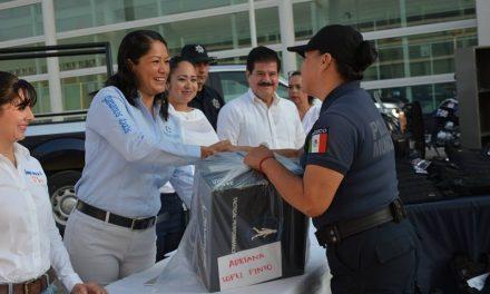 Equipar, Adiestrar y Capacitar a la policía municipal ha sido una prioridad en el Gobierno de Yulenny Cortés