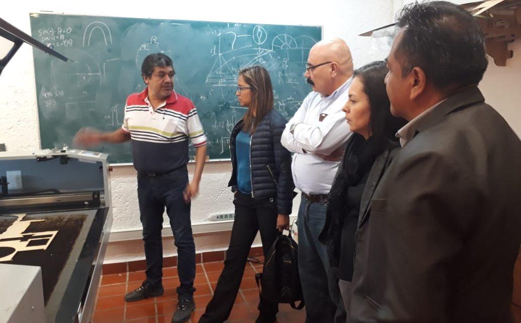 Personal de Cecytcol visita parques de desarrollo tecnológico y de innovación en Guanajuato