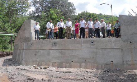 Supervisa Gobernador puente vehicular de la comunidad de Tamala, una de las demandas más sentidas de esta población
