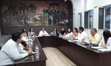 Felipe Cruz Pide a Colaboradores Servir con Humildad a los Ciudadanos