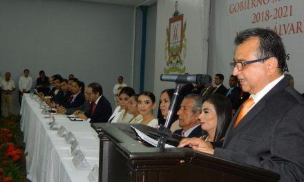 Felipe Cruz Convoca a Acuerdos en Cabildo, para Resolver Problemas de Villa de Álvarez