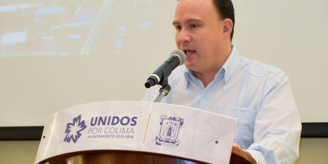Este jueves, municipio entregará becas a estudiantes capitalinos