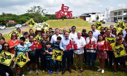 """Inaugura alcalde Colima la glorieta """"Las Bicicletas, el Arte del Equilibrio"""""""