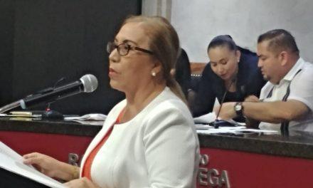 Demanda diputada de MC renunciar a vales de gasolina, pago de telefonía y fondo de ahorro