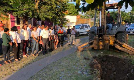 Felipe Cruz arranca construcción de 2 colectores pluviales; quedarán listos en 2 meses