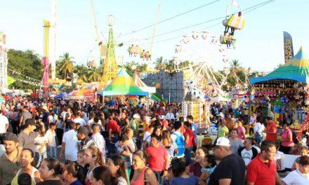 200 familias por día, en el módulo de Cultura Vial y Prevención del Delito, del Ayuntamiento de Colima, en la Feria