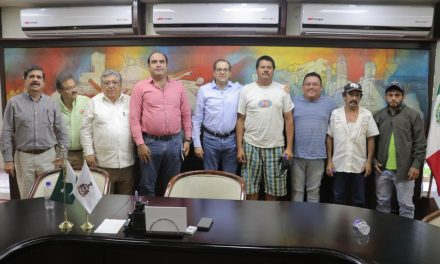 Buscan autoridades estatales generar mejores condiciones  de trabajo para jornaleros de Tecomán