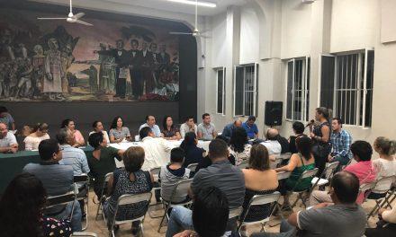 Felipe Cruz atiende demandas de ciudadanos de diversas colonias de Villa de Álvarez