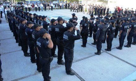 Convocan a policías estatales a  trabajar con lealtad y honor