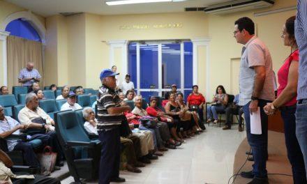 Leoncio Morán, se compromete a proporcionar apoyo económico a adultos mayores en su administración