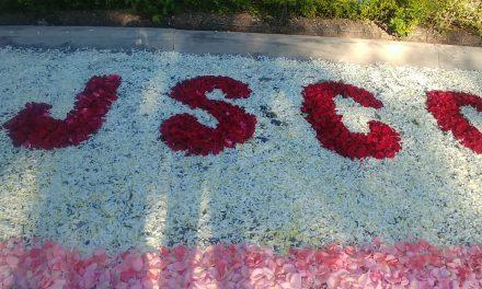 A 8 años de su muerte, un tapete de pétalos de rosas, recuerdan el asesinato de Silverio