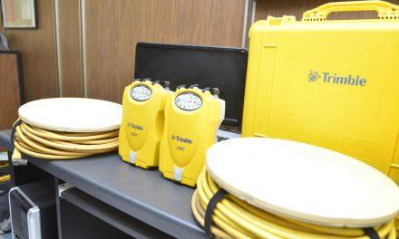 Dona INEGI a la U de C equipo  para medir deformación volcánica