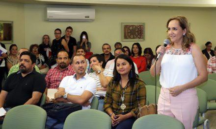 Entrega Secretaría de Educación 134 plazas  definitivas de promoción y nuevo ingreso