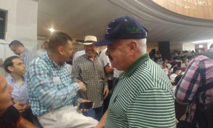 """Renuncia Enrique Michel a su partido; """"nada me identifica con el grupo de mercaderes que dirigen al PAN"""""""