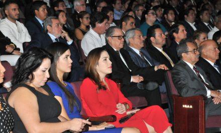 Realiza U de C fuerte vinculación  con la sociedad: Ximena Puente