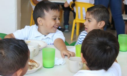 Promueven el derecho a la sana alimentación de más de 4 mil niños y niñas del municipio de Colima