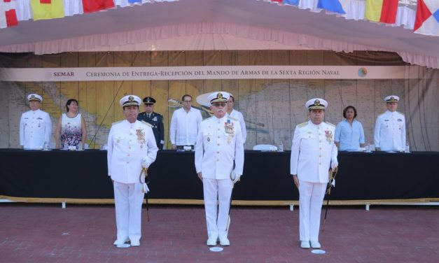 Asiste Gobernador a entrega recepción de la Sexta Región Naval
