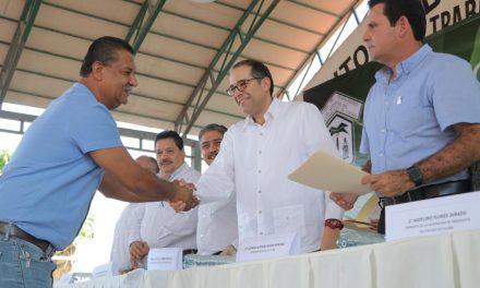 Preside Gobernador informe anual del  Sindicato del Ayuntamiento de Colima
